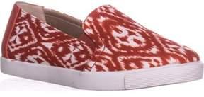 Giani Bernini Gb35 Charaa Slip On Fashion Sneakers, New Coral.