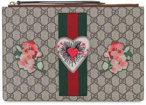 Gucci Gg Supreme Heart Patch Pouch - TAUPE - STYLE