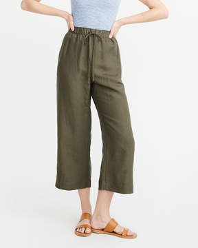 Abercrombie & Fitch Cropped Wide Leg Pants