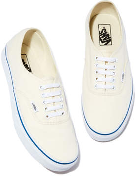 Vans Authentic Sneaker in White, Size 6