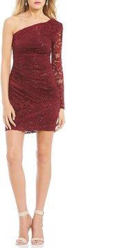 B. Darlin One Sleeve Sequin Lace Sheath Dress