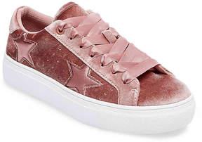 Madden-Girl Women's Starstruck Velvet Sneaker