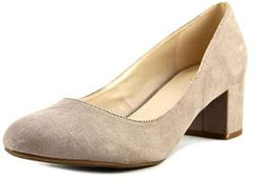 Bar III Womens Petnia Fabric Closed Toe Classic Pumps.