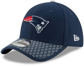 New Era Boys' New England Patriots 2017 Official Sideline 39THIRTY Cap