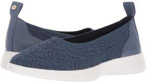 Taryn Rose Daisy Women's Slip on Shoes