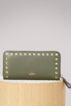 Valentino Rockstudk Zip Around wallet