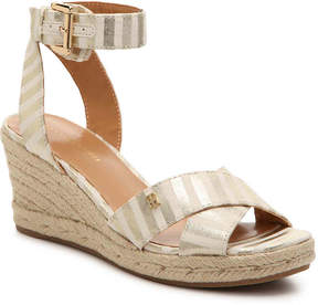 Tommy Hilfiger Women's Gorgis Wedge Sandal