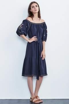 Velvet by Graham & Spencer MONAE EMBROIDERED CRINKLE COTTON PEASANT DRESS