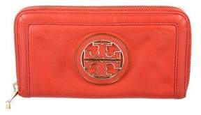 Tory Burch Leather Logo Wallet - ORANGE - STYLE