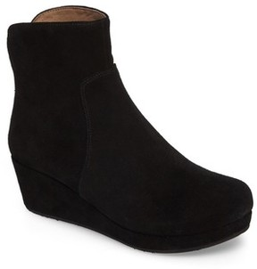 Chocolat Blu Women's Yarden Wedge Bootie