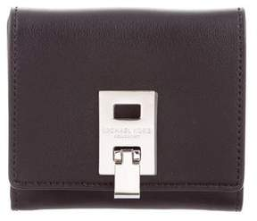 Michael Kors Leather Compact Wallet - BLACK - STYLE