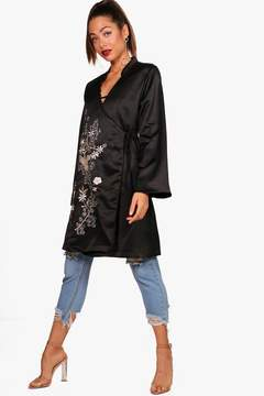 boohoo Embroidered Kimono