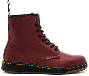 Dr. Martens Newton 8 Eye Boot