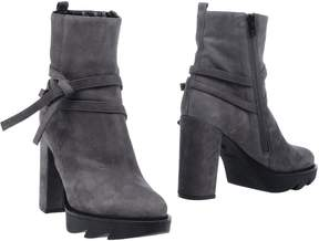 Space Style Concept Ankle boots