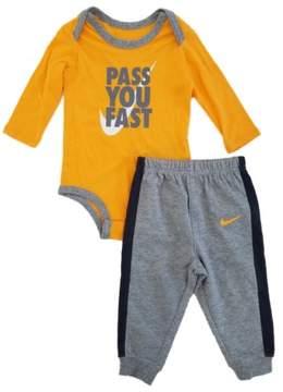 Nike Infant Boys 2pc. Orange/Gray Pass You Fast Bodysuit & Pants Set 9/12m