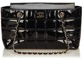 Chanel Pre-owned: Choco Bar Patent Leather Shoulder Bag