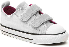 Converse Girls Chuck Taylor All Star Velvet Toddler Sneaker