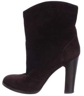 Gianvito Rossi Pointed-Toe Suede Ankle Boots