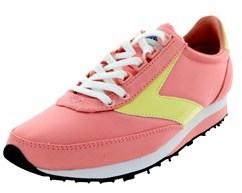 Brooks Women's Vantage Running Shoe.