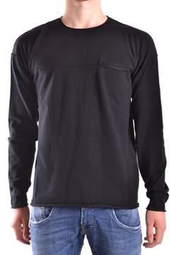 Isabel Benenato Men's Black Viscose Sweater.