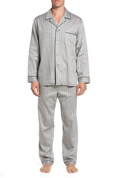 Majestic International Men's Winterlude Patterned Pajama Set