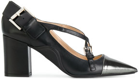 No.21 cross-strap pumps