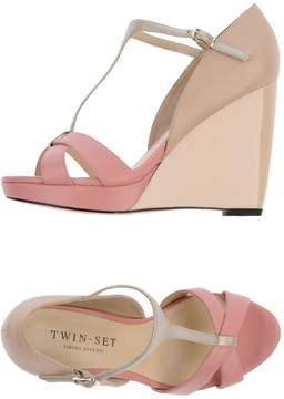 Twin-Set Wedges