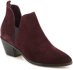 Crown Vintage Women's Betila Chelsea Boot