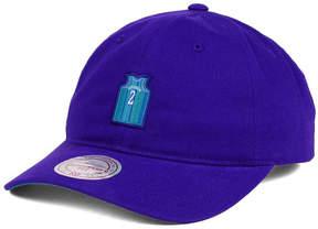 Mitchell & Ness Larry Johnson Charlotte Hornets Deez Jersey Dad Cap