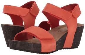 Walking Cradles Theta Women's Sandals