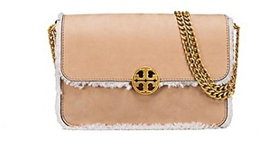 Tory Burch Chelsea Shearling Convertible Shoulder Bag - BEIGE - STYLE
