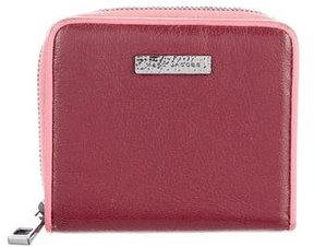 Marc Jacobs Leather Zip Compact Wallet - BURGUNDY - STYLE