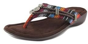 Minnetonka Silverthorne W Open Toe Canvas Thong Sandal.