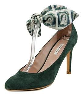 Carven Meleze Round Toe Suede Heels.