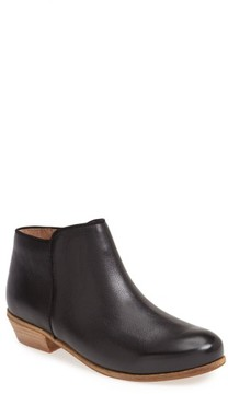 SoftWalk Women's 'Rocklin' Bootie