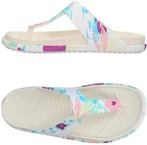 Native Toe strap sandals