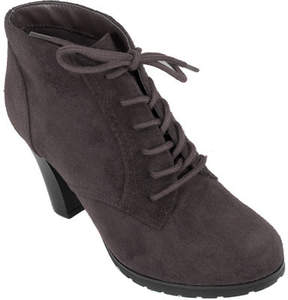White Mountain Special Ankle Bootie (Women's)