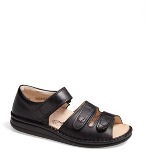 Finn Comfort Women's 'Baltrum 1518' Leather Sandal