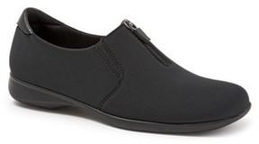 Trotters Women's Jacey Slip-On Sneaker