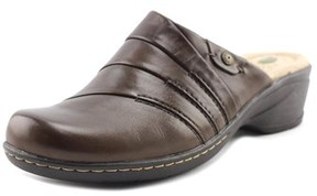 Earth Origins Ginger Women Round Toe Leather Mules.