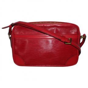 Louis Vuitton Trocadéro leather crossbody bag - RED - STYLE
