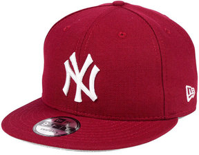 New Era New York Yankees Pantone 9FIFTY Snapback Cap