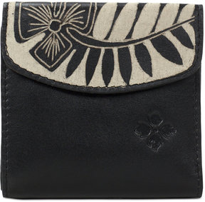 Patricia Nash Cuban Carved Reitti Bi-Fold Wallet