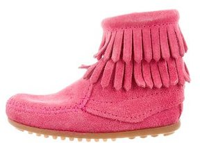 Minnetonka Girls' Fringe-Trimmed Suede Boots
