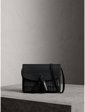 Burberry Brogue and Fringe Detail Leather Crossbody Bag - BLACK - STYLE