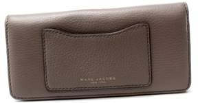 Marc Jacobs Gray Mink Pebble Leather Open Face Bifold Clutch Wallet - GRAYS - STYLE