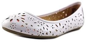 Steve Madden Jpainter Round Toe Synthetic Flats.