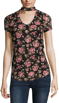 Almost Famous Short Sleeve V Neck Lace Floral Blouse-Juniors