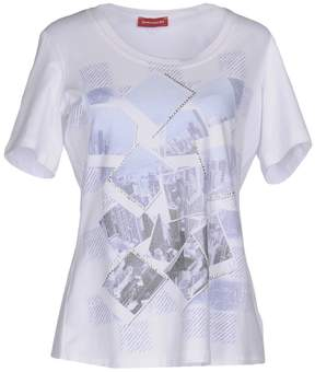 Diana Gallesi T-shirts