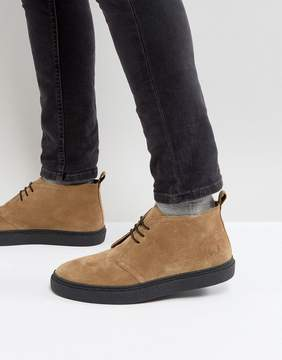 Fred Perry Hawley Mid Suede Desert Boots in Sand